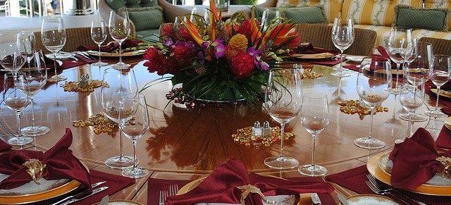 elegancko dekorujemy stół