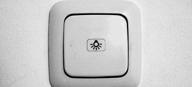 montowanie włącznika światła